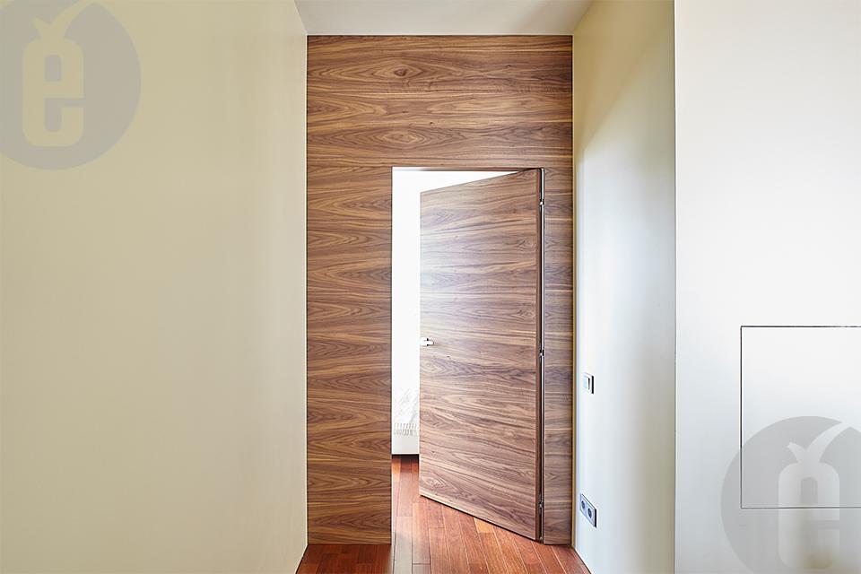 Декоративные стеновые панели в шпоне американского ореха